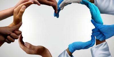 Lääketieteellisen yhteistyön tärkeys silmäsyövän etäpesäkkeiden hoidossa.